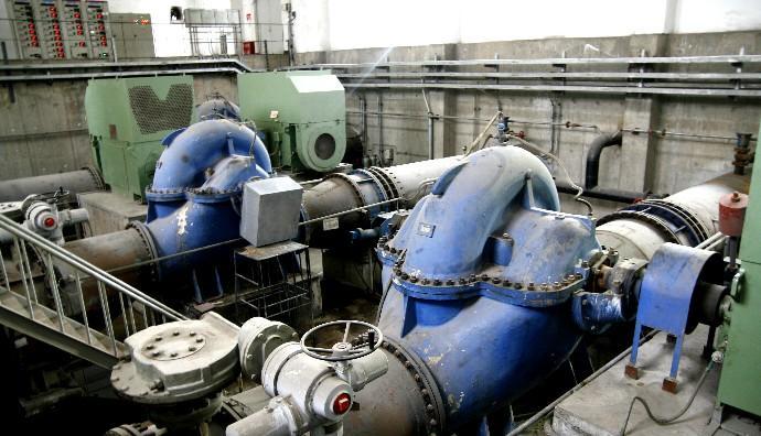 双排水泵电路图